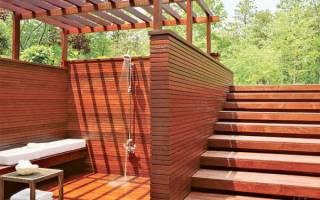 Как построить душевую кабину на даче?