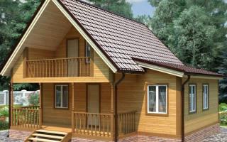 Летний дачный домик из досок