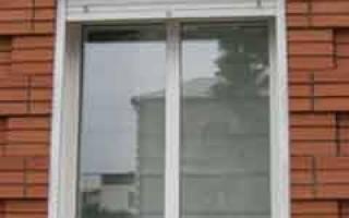 Удобны ли глухие окна на даче?