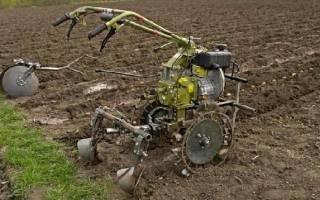 Посадка картофеля мотоблоком – упрощаем кропотливый труд чудо-техникой